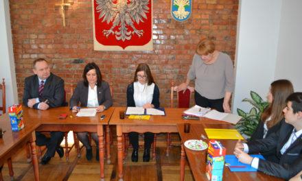 Młodzieżowa Rada Gminy Suchy Dąb laureatem konkursu grantowego