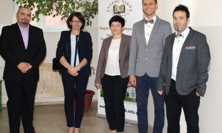 Wizyta Minister Cyfryzacji Anny Streżyńskiej w Zespole Szkół w Suchym Dębie