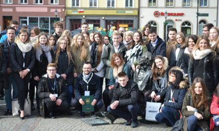 5 lecie Młodzieżowej Rady Miasta Kościerzyna  z udziałem przedstawicieli MRG Suchy Dąb