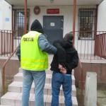Pruszcz sprawcy włamania (2)