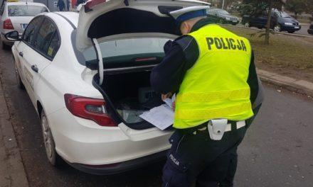 POLICJANCI Z PRUSZCZA GDAŃSKIEGO DBAJĄ O BEZPIECZEŃSTWO PRZEWOŻONYCH OSÓB