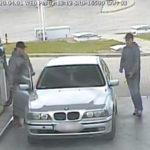 Rozpoznajesz ich? Policjanci szukają tych mężczyzn.