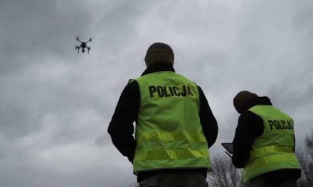 O bezpiecznym i zgodnym z przepisami użytkowaniu dronów.