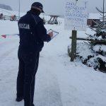 Weekendowe kontrole policjantów na stokach narciarskich