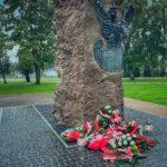 Odsłonięto pomnik upamiętniający ofiary zbrodni katyńskiej